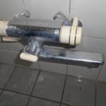 お風呂場の蛇口の水漏れトラブル